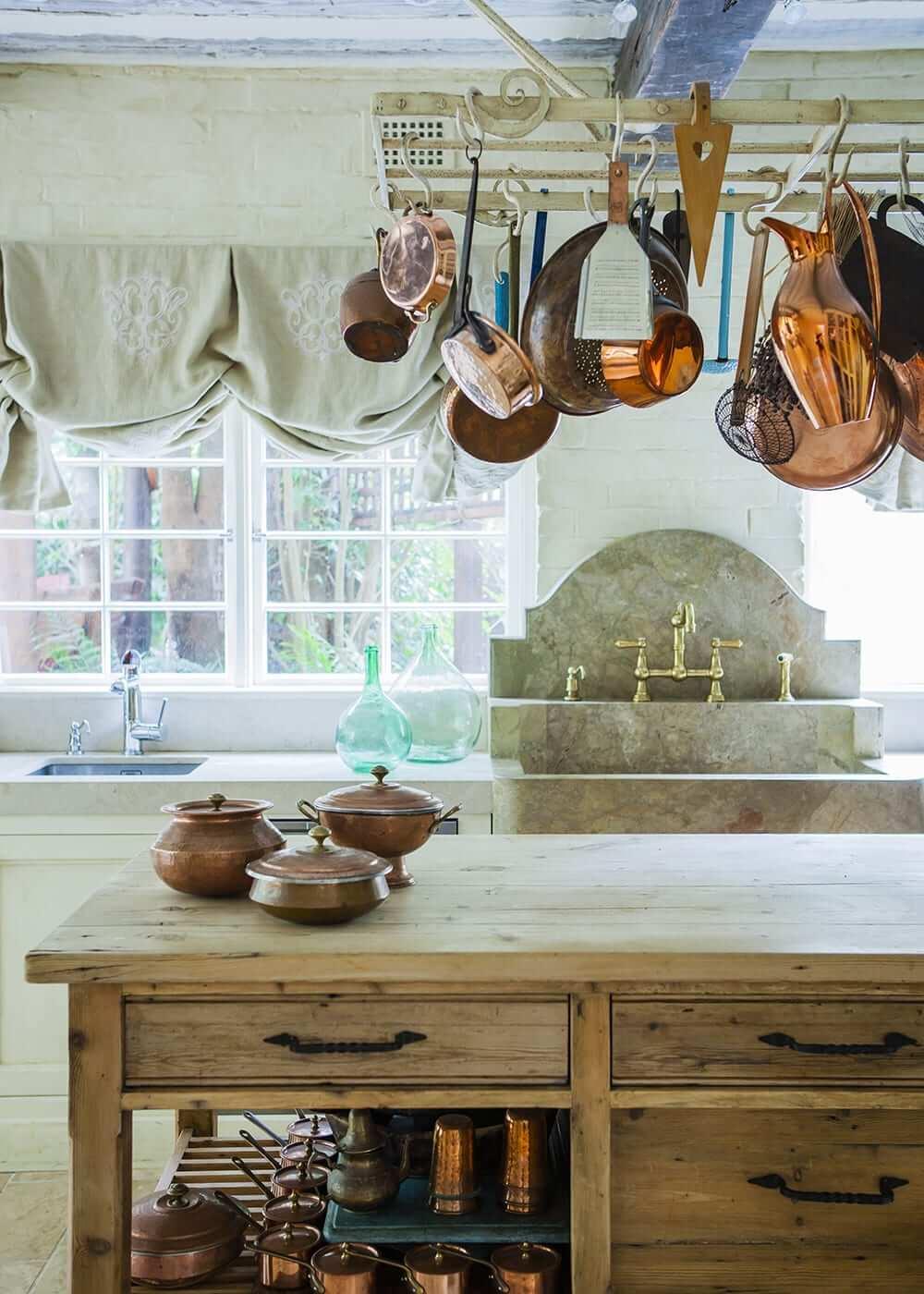 kitchen wth copper