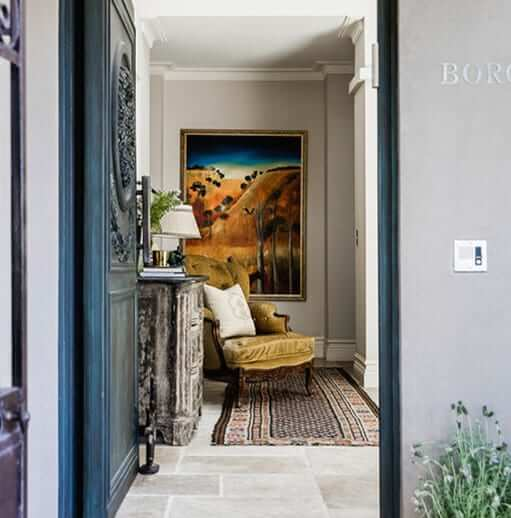 how to create an impactful entrance