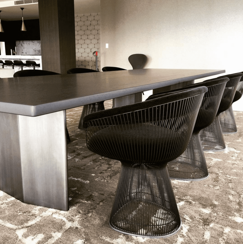 The platner dining chair interior design